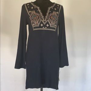 HTML Embroidered Long Sleeve Shift Dress NWT
